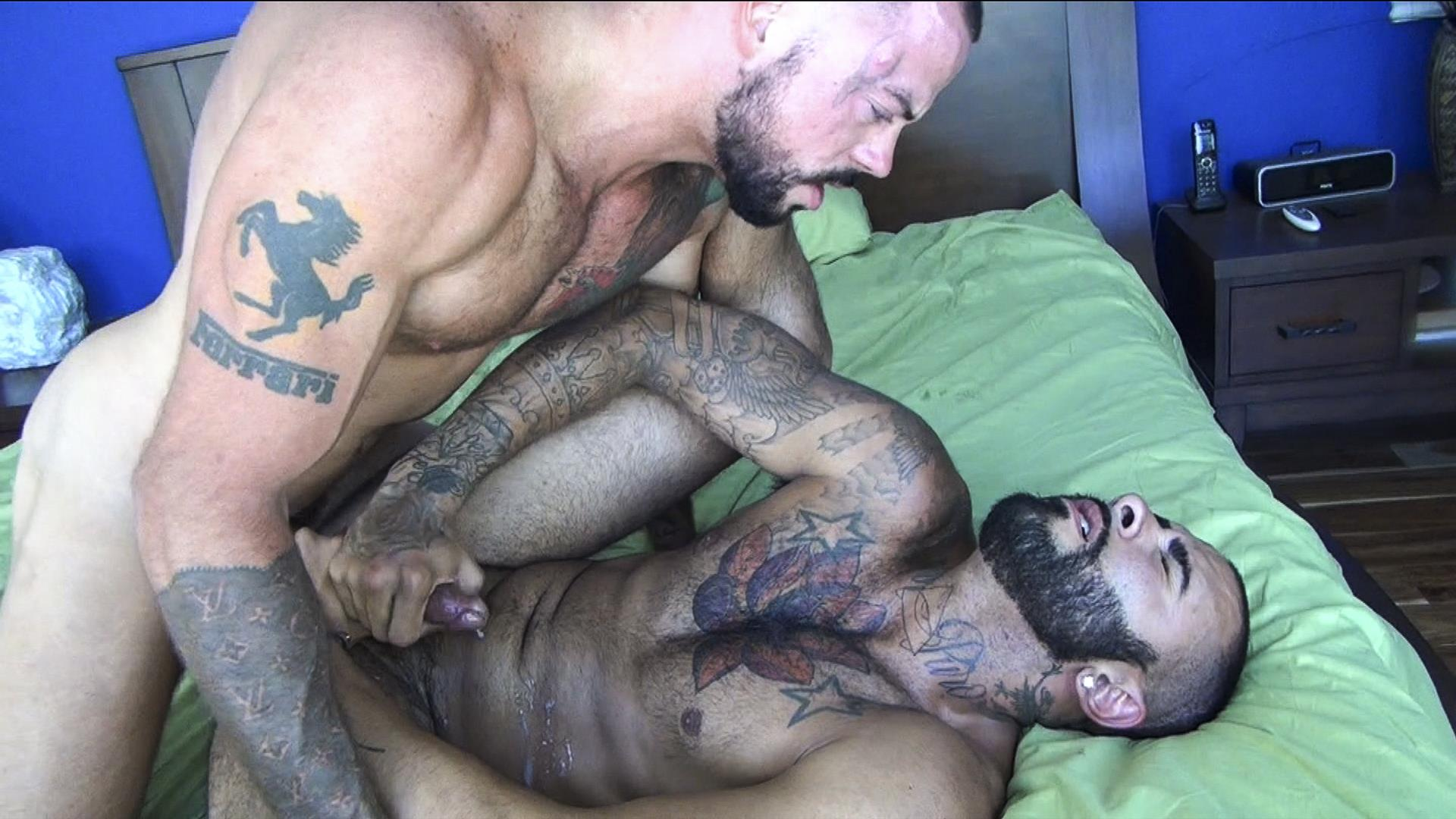 Raw Fuck Club Rikk York and Sean Duran Hairy Muscle Bareback Amateur Gay Porn 2 Hairy Muscle Studs & Real Life Boyfriends Sean Duran & Rikk York Bareback