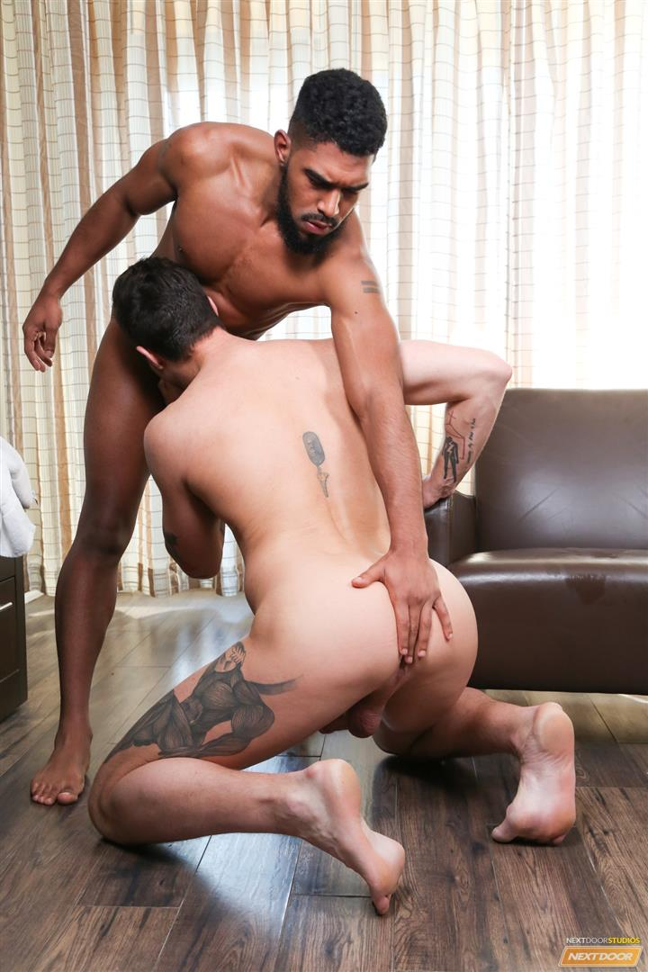 Next-Door-Ebony-XL-and-Beau-Reed-Interracial-bareback-fucking-big-black-cock-02 Bareback Flip Fucking With A Big Black Cock And A Hot White Ass